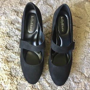 KELLY & KATIE Black Suede Heels